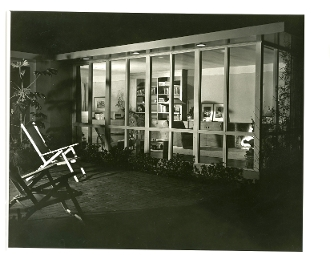 Julius Shulman - 4 Rare Vintage Interior and Exterior Prints.